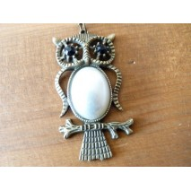 Sautoir chouette corps perle nacrée