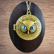 Maolia - Sautoir tête chouette yeux bleus clairs