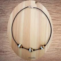 Maolia - Collier beige noir et blanc