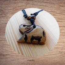 Maolia - Collier pendentif os de buffle éléphant