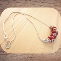Maolia - Collier perles rouges oeil bleu et argent