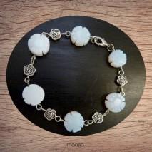 Bracelet fleurs pierre naturelle