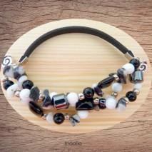 Bracelet cuir noir et perles noires blanches