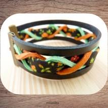 Bracelet cuir noir et tissu coloré