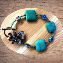 Maolia - Bracelet turquoise carrée bleues