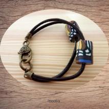 Bracelet cordons cuir et perles en polymère