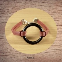 Bracelet cuir fin rouge gros anneau noir