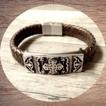 Maolia - Bracelet homme cuir tressé marron blason fermoir argent
