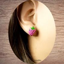 Boucles d'oreilles petites framboises