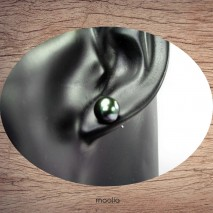 Boucles d'oreilles véritable perle de culture teinte verte