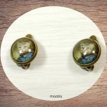 Boucles d'oreilles clips bronze chat vêtu