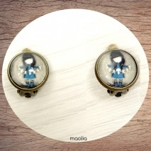 Boucles d'oreilles clips bronze petite fille robe bleue