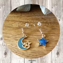 Boucles d'oreilles lune et étoile bleues