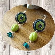 Boucles d'oreilles méaillon émaillé perles vertes