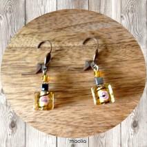 Boucles d'oreilles perle de verre jaune doré