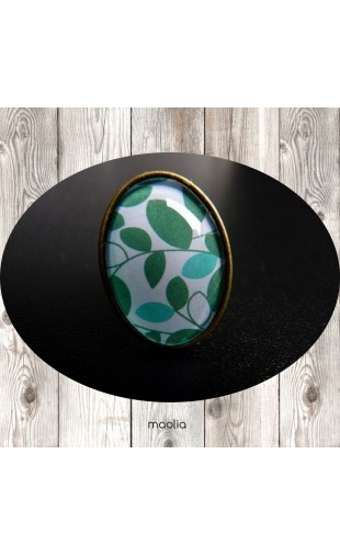 Bague cabochon ovale bronze feuillage vert