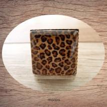 Bague cabochon carrée peau de léopard 1