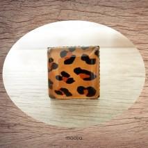 Bague cabochon carrée peau de léopard 2