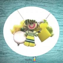 Petit garçon pâte polymère jaune et vert