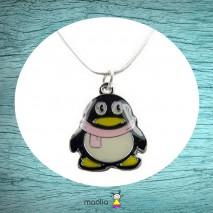 Collier pingouin noir jaune et rose
