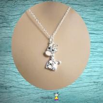 Collier chaîne petite girafe rose