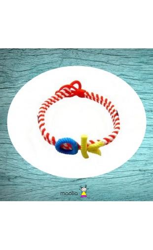 Bracelet tressé rouge et blanc petit personnage
