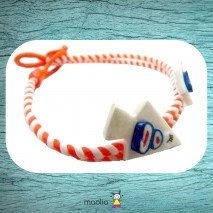 Bracelet tressé orange et blanc avec sapins