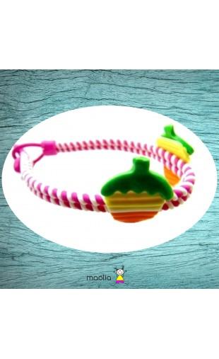Bracelet tressé fuchsia et fruits colorés