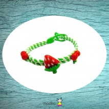 Bracelet tressé vert fruits rouges