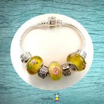 Bracelet Pandamaolia perles jaunes fleuries