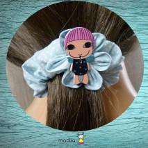 Chouchou tissu bleu ciel à pois fillette en bois