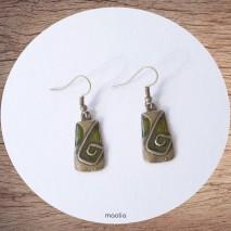 Maolia - Boucles d'oreilles rectangle émaillé bronze et vert