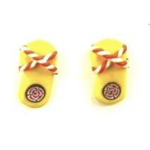 Boucles d'oreilles forme tong jaune et orange